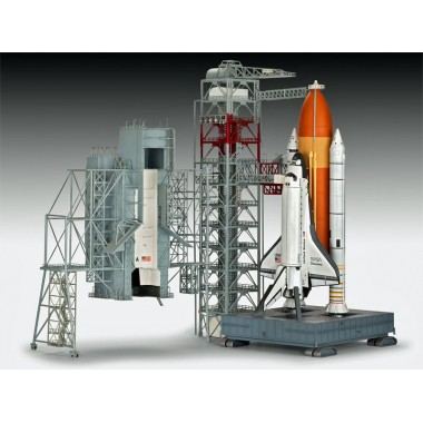 Maquette Launch Tower & Space Shuttle with Booster Rockets